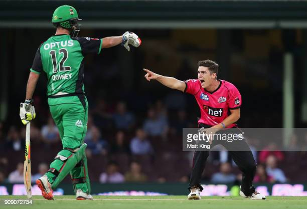 Sean Abbott of the Sixers appeals during the Big Bash League match between the Sydney Sixers and the Melbourne Stars at Sydney Cricket Ground on...