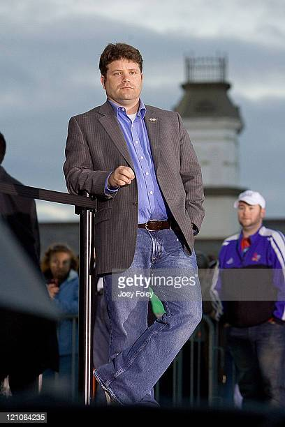 Sean Astin at a campaign stop for Democratic presidential hopeful New York Senator Hillary Rodham Clinton at White River State Park on May 03 2008 in...