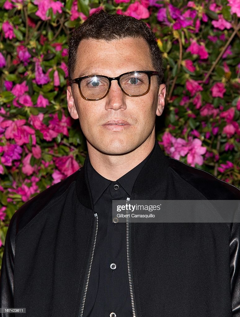 Sean Avery attends the 8th annual Chanel Artists Dinner during the 2013 Tribeca Film Festival at The Odeon on April 24, 2013 in New York City.