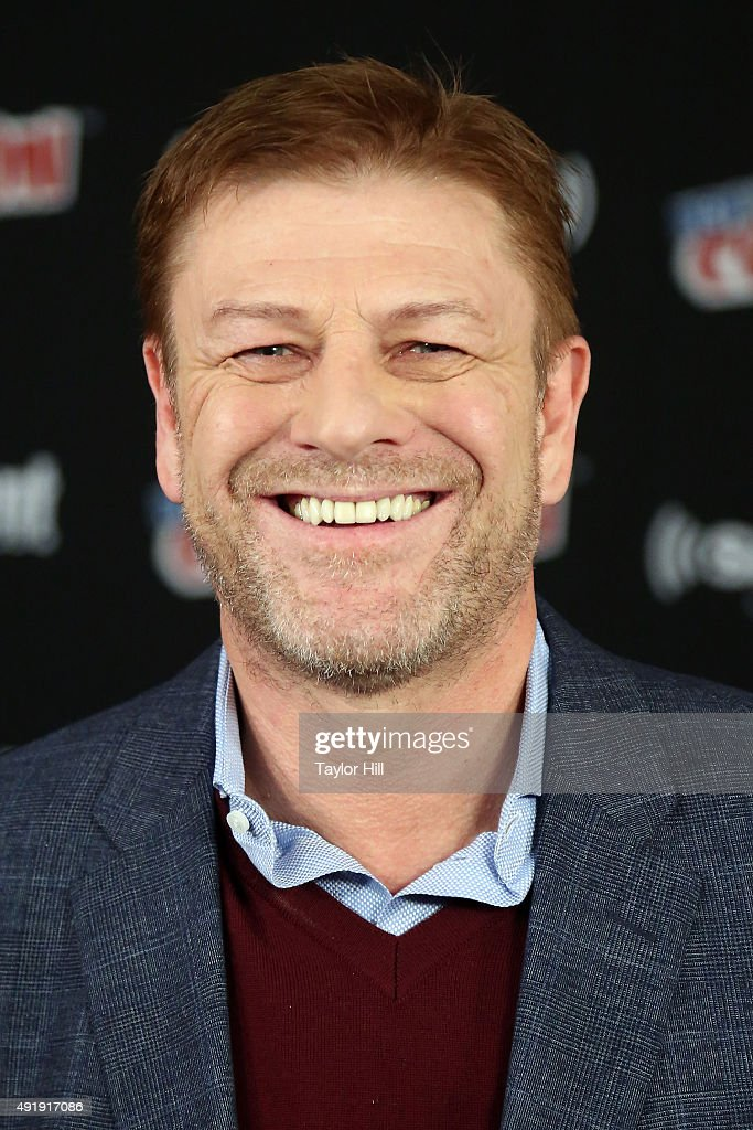 Sean Bean visits the SiriusXM Studios during the 2015 New York Comic-Con at The Jacob K. Javits Convention Center on October 8, 2015 in New York City.