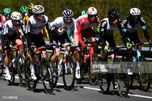 Sean Bennett of United States and Team Qhubeka Assos, Ben Swift of United Kingdom and Team INEOS Grenadiers, Anthony Perez of France and Team Cofidis...