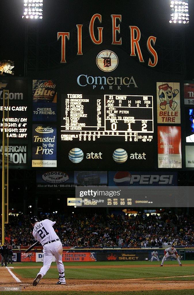 World Series Game 2: St. Louis Cardinals v Detroit Tigers : News Photo