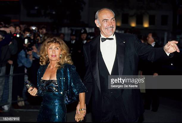 Sean Connery and his Wife Micheline Roquebrune attend a premiere in London, 1990 circa.