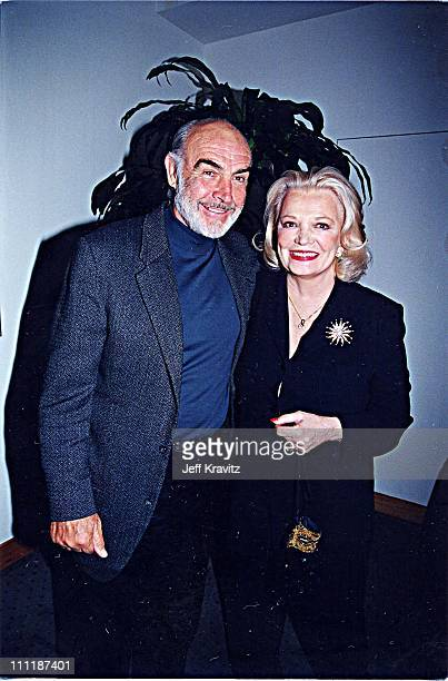 Sean Connery & Gena Rowlands at the 1998 premiere of Playing by Heart in Los Angeles.