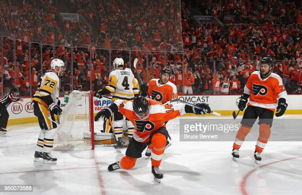 Sean Couturier of the Philadelphia Flyers celebrates his goal at 40 seconds of the second period against the Pittsburgh Penguins in Game Six of the...