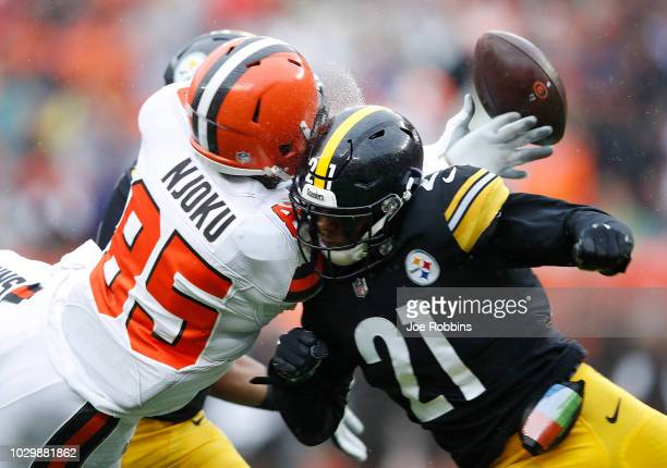 Sean Davis of the Pittsburgh Steelers breaks up a pass intended for David Njoku of the Cleveland Browns during the first quarter at FirstEnergy...