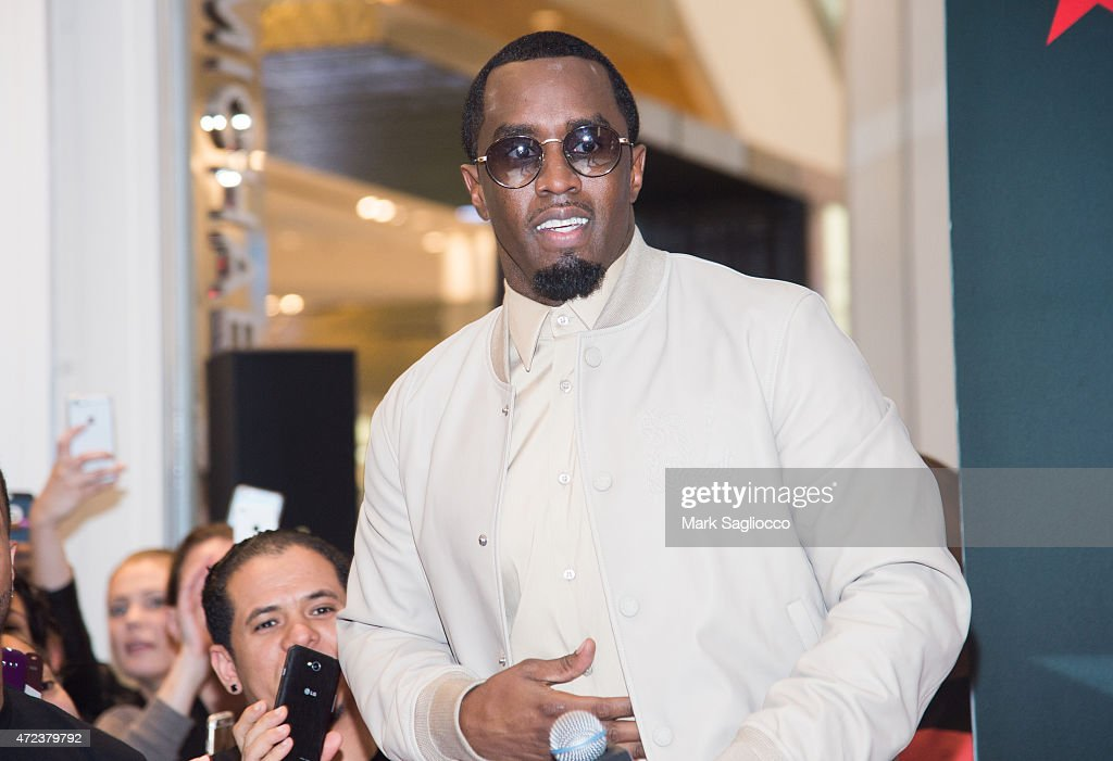 """Sean """"Diddy"""" Combs Fragrance Launch : News Photo"""