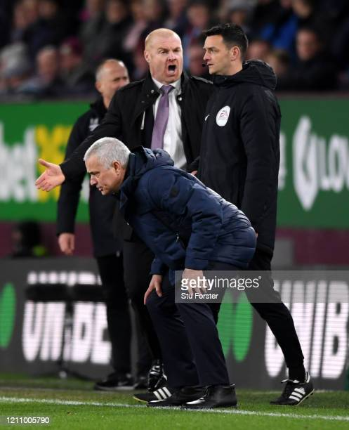 Sean Dyche Manager of Burnley and Jose Mourinho Manager of Tottenham Hotspur react during the Premier League match between Burnley FC and Tottenham...