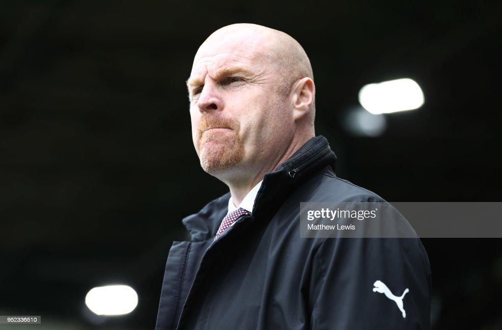 Burnley v Brighton and Hove Albion - Premier League : ニュース写真