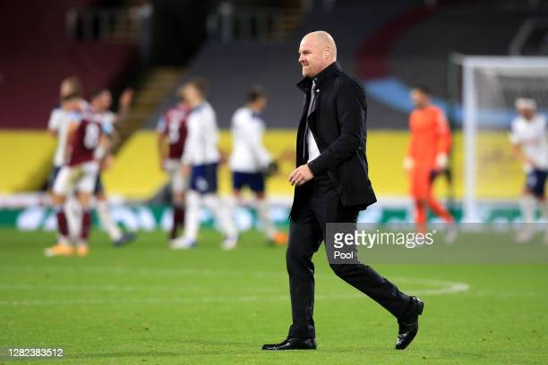 Sean Dyche, Manager of Burnley reacts after the Premier League match between Burnley and Tottenham Hotspur at Turf Moor on October 26, 2020 in...