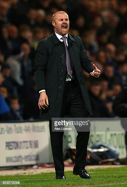 Sean Dyche the manager of Burnley shouts instructions to his players during the Sky Bet Championship match between Preston North End and Burnley at...