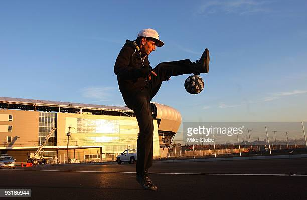 Sean Garnier of France 2008 Red Bull Street style soccer world champion performs outside Red Bull Arena during a New York City tour on November 17...