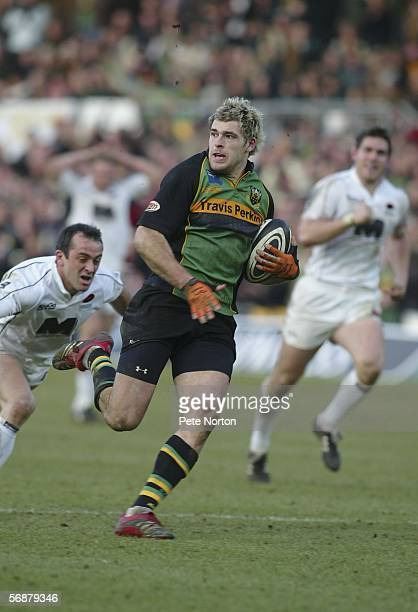 Sean Lamont of Northampton Saints in action during the Guinness Premiership match between Northampton Saints and Saracens at Franklin's Gardens on...