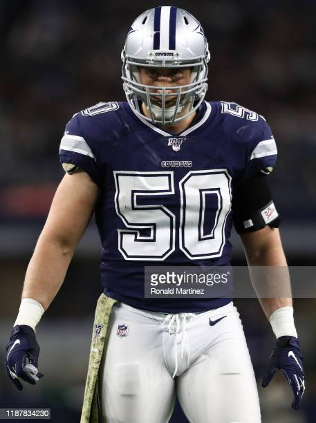 Sean Lee of the Dallas Cowboys at AT&T Stadium on November 10, 2019 in Arlington, Texas.