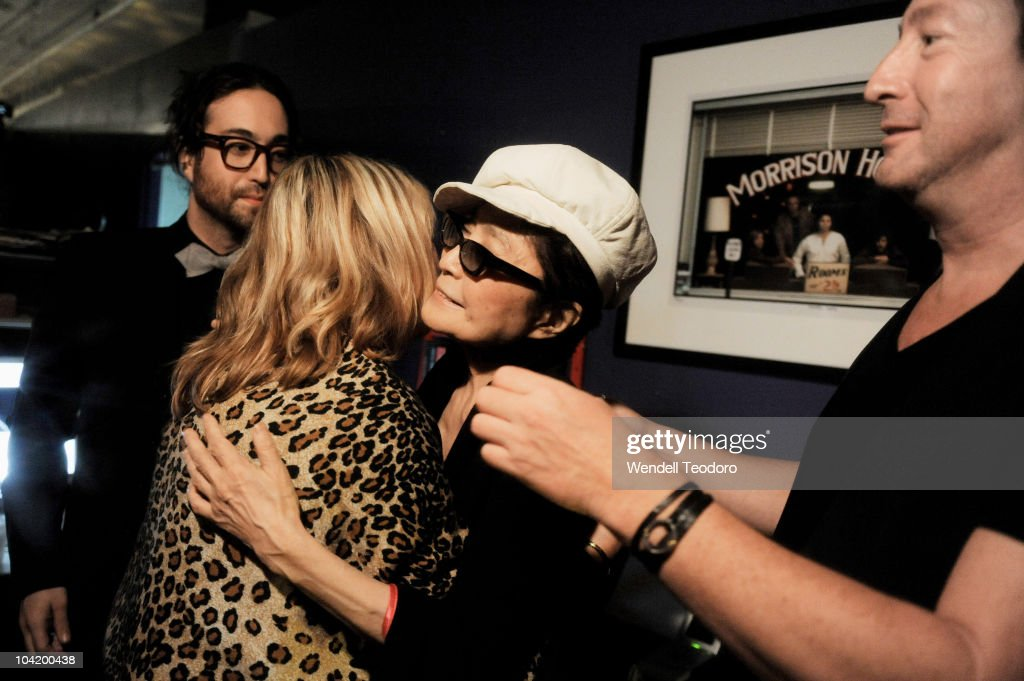Sean Lennon And Cynthia Lennon And Yoko Ono And Julian Lennon Attends News Photo Getty Images
