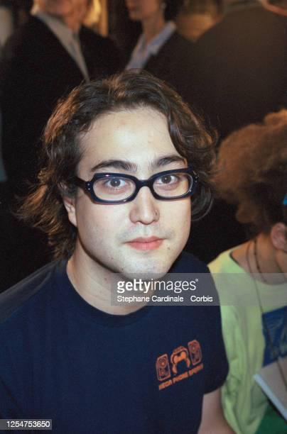 Sean Lennon assiste au défilé de prêt-à-porter Chloe Automne-Hiver 2000-2001.