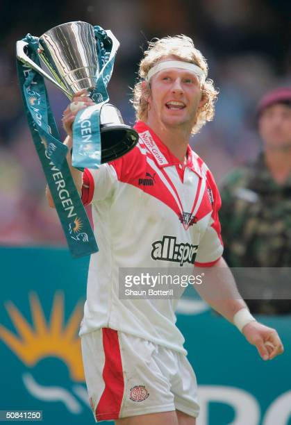 Sean Long of St Helens celebrates winning the Powergen Challenge Cup Final match between St Helens and Wigan Warriors at Millennium Stadium on May 15...