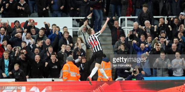 Sean Longstaff of Newcastle celebrates scoring the second goal during the Premier League match between Newcastle United and Burnley FC at St James...