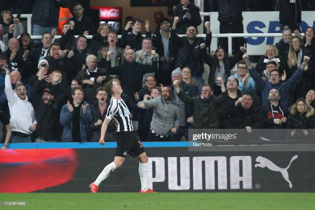 Newcastle United v Burnley FC - Premier League : News Photo