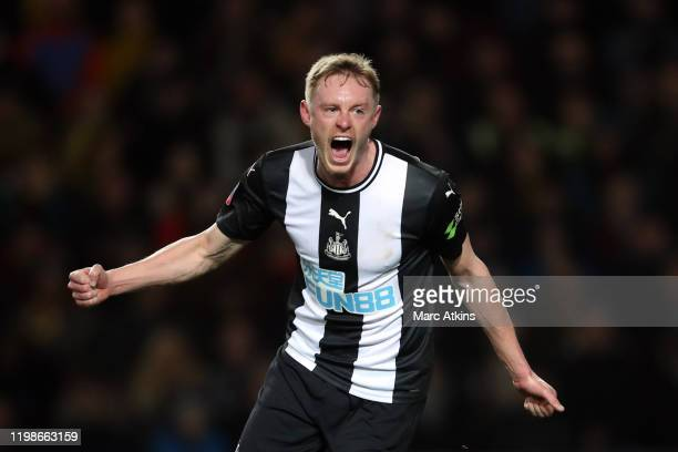 Sean Longstaff of Newcastle United celebrates scoring the opening goal during the FA Cup Fourth Round Replay match between Oxford United and...