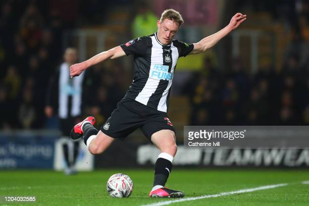 Sean Longstaff of Newcastle United scores his team's first goal during the FA Cup Fourth Round Replay match between Oxford United and Newcastle...