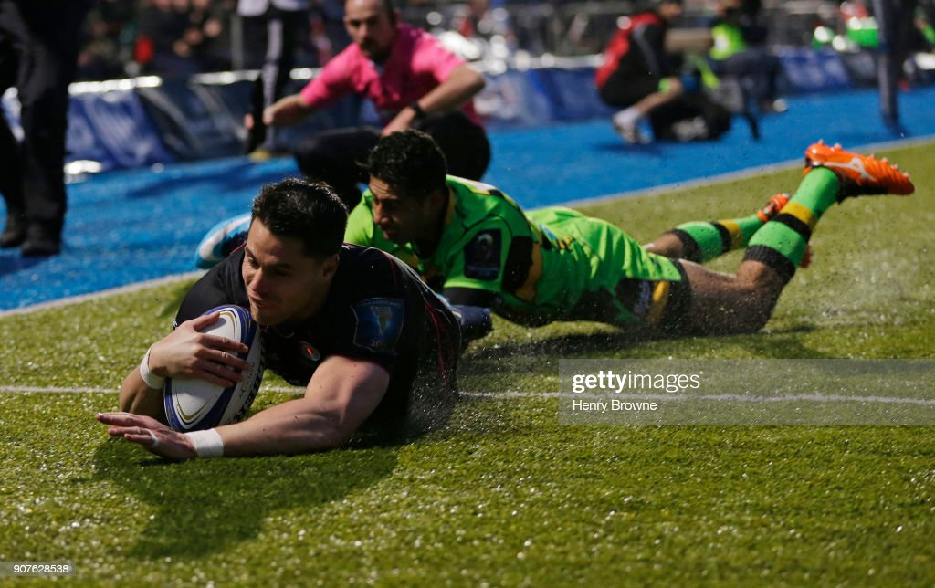 Sean Maitland of Saracens scores a try during the European Rugby Champions Cup match between Saracens and Northampton Saints at Allianz Park on January 20, 2018 in Barnet, England.