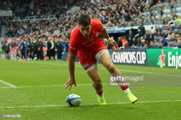 Sean Maitland of Saracens touches down for his sides first try during the Champions Cup Final match between Saracens and Leinster at St. James Park...