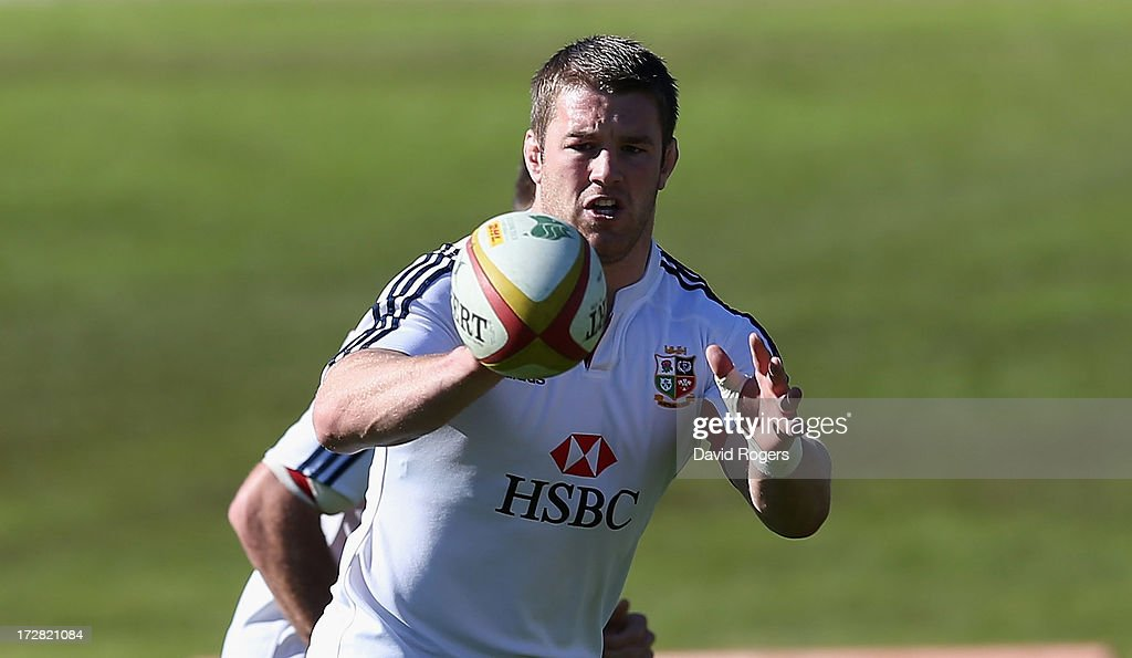 Sean O'Brien catches the ball during the British and Irish Lions Captain's Run at North Sydney Oval on July 5, 2013 in Sydney, Australia.