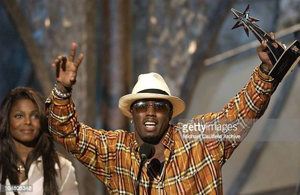Sean P Diddy Combs accepts his award for Best Video of the Year