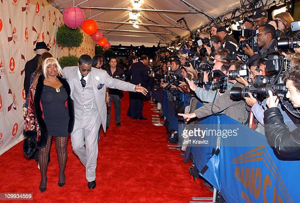 Sean P Diddy Combs and mom during 2002 VH1 Vogue Fashion Awards Arrivals at Radio City Music Hall in New York City New York United States