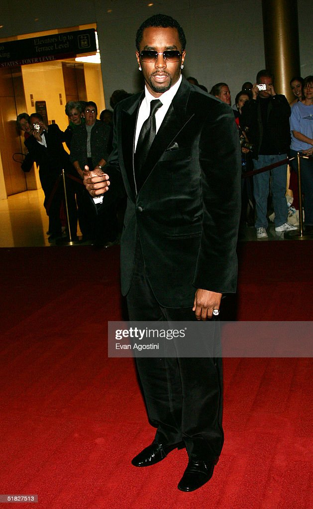 Sean 'P. Diddy' Combs arrives at the 27th Annual Kennedy Center Honors Gala at The Kennedy Center for the Performing Arts December 5, 2004 in Washington, DC.