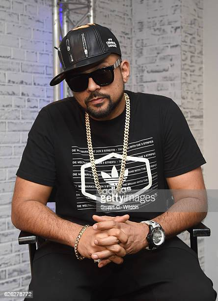 Sean Paul attends a BUILD LDN session on November 28 2016 in London United Kingdom