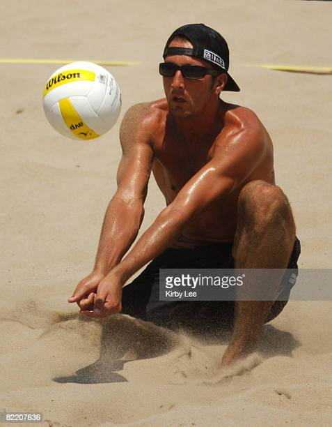 Sean Rosenthal makes a dig during the AVP Hermosa Beach Open in Hermosa Beach, Calif. On Saturday, July 23, 2005.