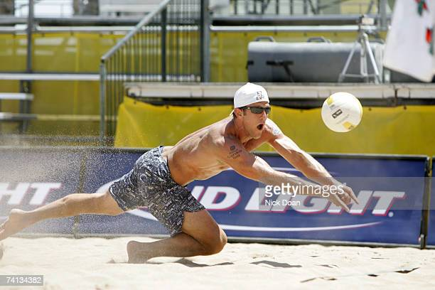 Sean Scott dives for a ball during a game on May 12 2007 at the AVP Glendale Open in Glendale Arizona Souza/Medel beat Fuerbringer/Scott