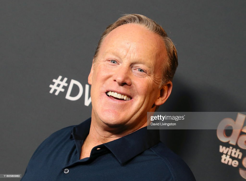 """""""Dancing With The Stars"""" Season 28 Top 6 Finalists - November 4, 2019 - Arrivals : News Photo"""