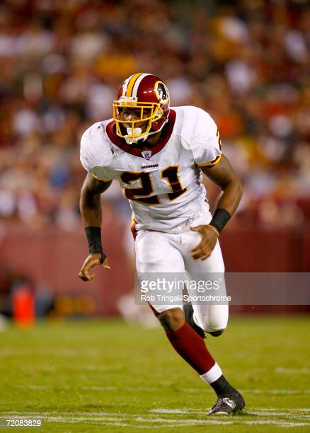 Sean Taylor of the Washington Redskins runs downfield against the Minnesota Vikings on September 11 2006 at FedExField in Landover Maryland The...