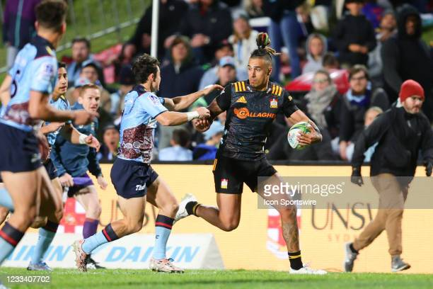 Sean Wainui of the Chiefs runs down the sideline during the round five Super Rugby Trans Tasman match between the NSW Waratahs and Chiefs at...