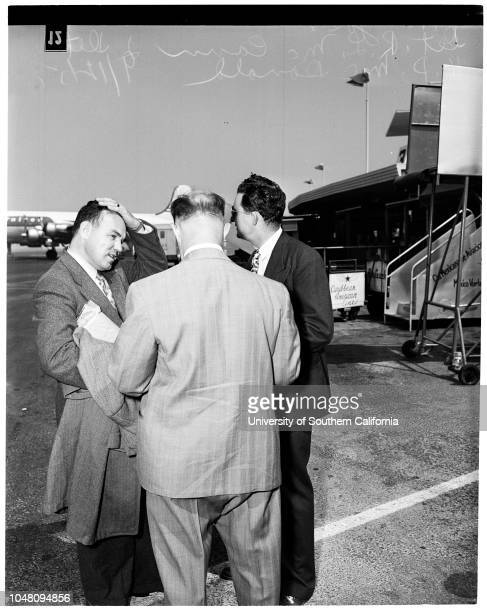 Search for Harry Gross 12 September 1951 Joseph P WallaceDetective RL McCannDetective HD McDonaldCaption slip reads 'Photographer Glickman Date...