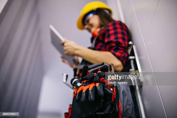 search new ideas - beschermende werkkleding stockfoto's en -beelden
