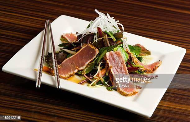 seared ahi tuna sushi salad - seared stock photos and pictures