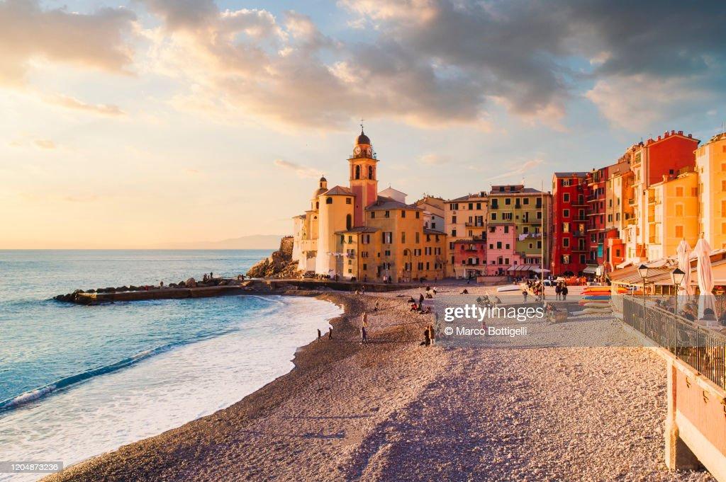 Seascape at sunset, Camogli, Liguria coast, Italy : Stock-Foto