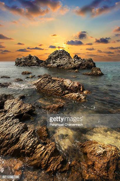 seascape during sundown. beautiful natural summer seascape. - chanthaburi stock pictures, royalty-free photos & images