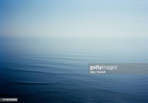 seascape - clear sky stock pictures, royalty-free photos & images