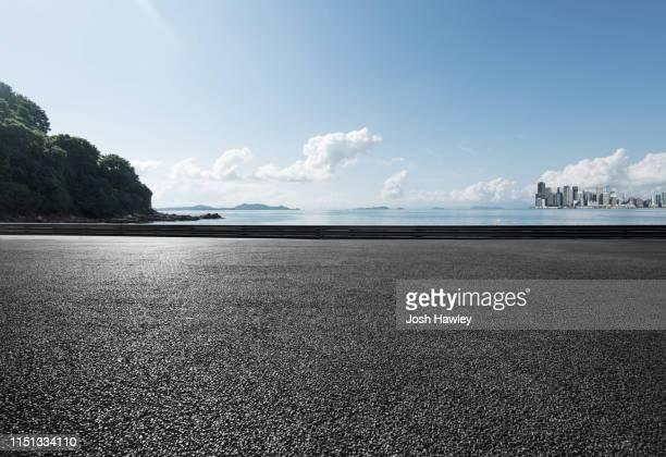 seaside parking lot - アスファルト ストックフォトと画像