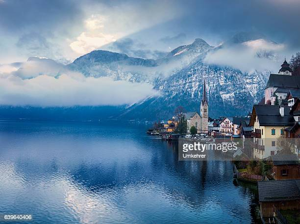 seaside view from hallstatt austria - hallstatter see stock pictures, royalty-free photos & images