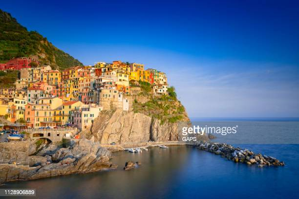 seaside village of riomaggiore at cinque terre - la spezia stock pictures, royalty-free photos & images