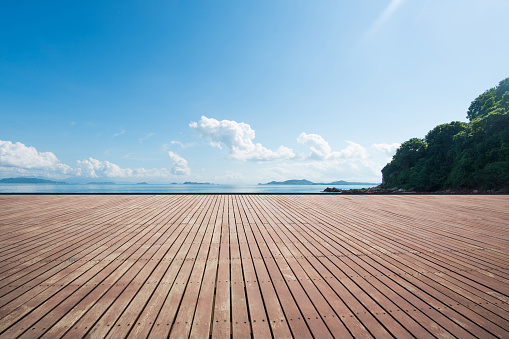 Seaside wooden parking lot - gettyimageskorea