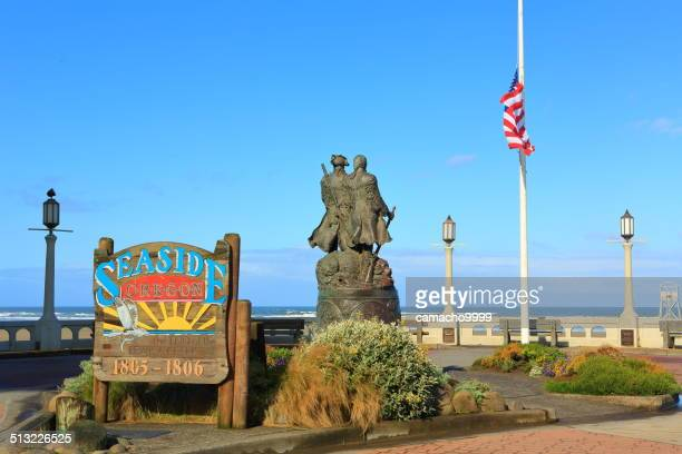 seaside's square with lewis and clark monument - meriwether lewis stock photos and pictures