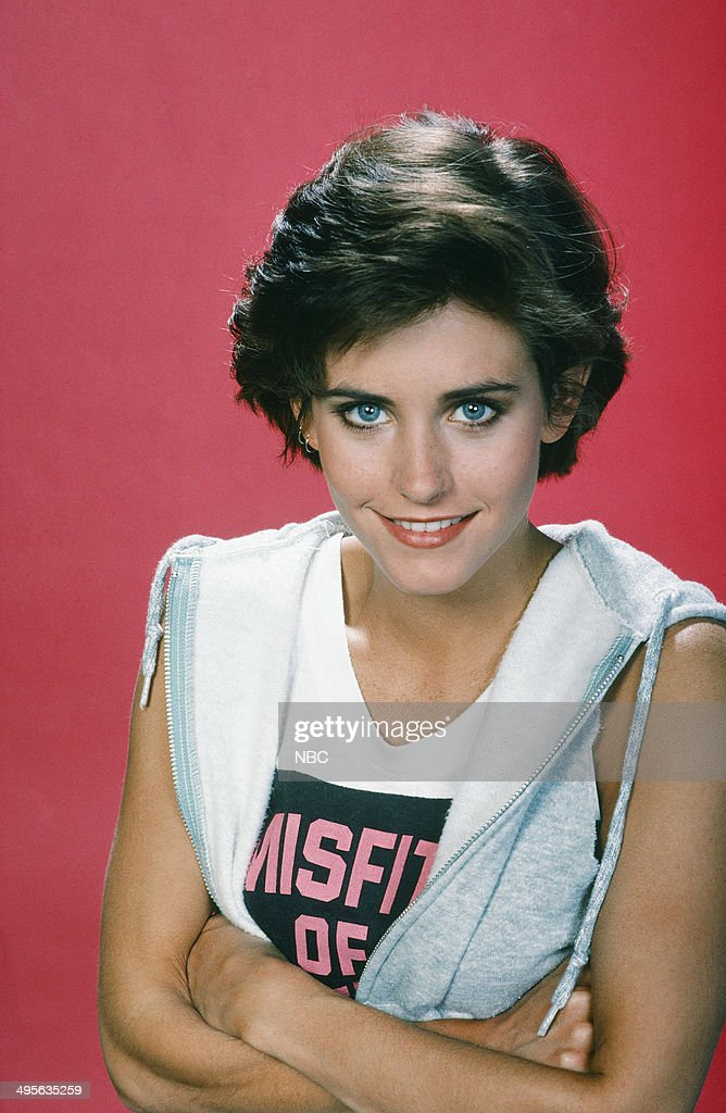 https://media.gettyimages.com/photos/season-1-gallery-pictured-courtney-cox-as-gloria-dinallo-picture-id495635259
