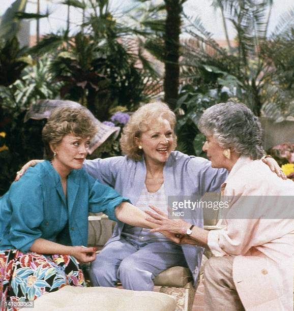 Rue McClanahan as Blanche Devereaux Betty White as Rose Nylund Bea Arthur as Dorothy Petrillo Zbornak Photo by Gary Null/NBCU Photo Bank